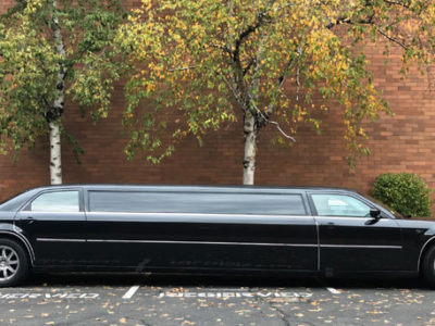 Stretch Chrysler 300 Limo by Infinity Limo Tours in Salem