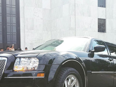 prom limousine service in Salem, Oregon